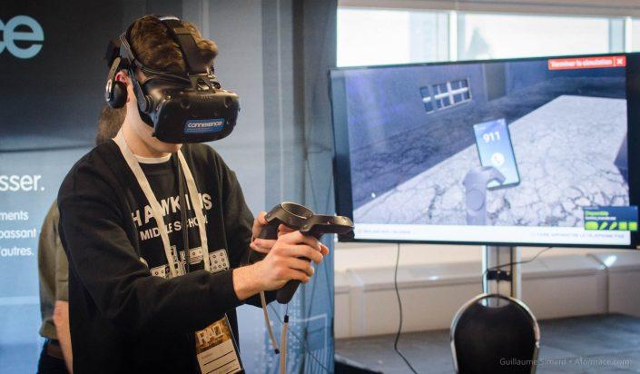 Alex explore un monde virtuel